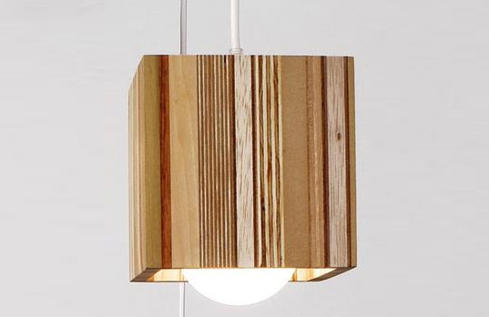 SCRAPILE LAMP