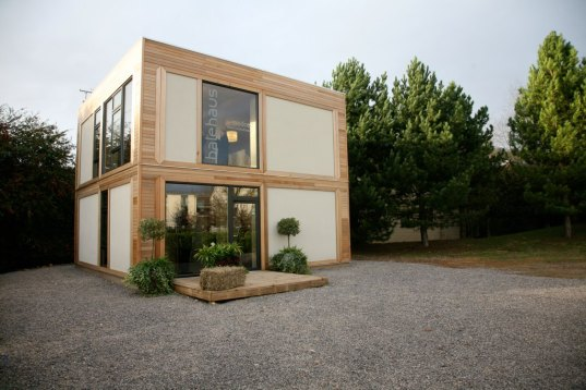 ModCell, Balehouse, strawbale, straw bale, straw bale construction, prefab, prefab friday, prefab housing, prefab home, UK, passivhaus, passive house