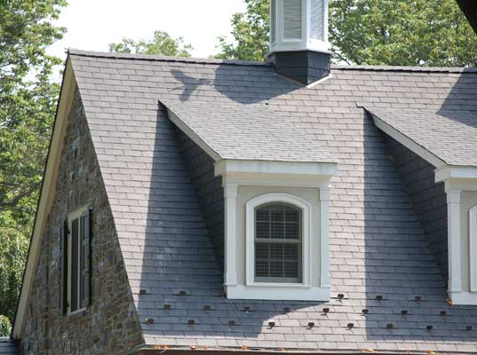 Scientists Create New Super-Insulating Smart Roof From