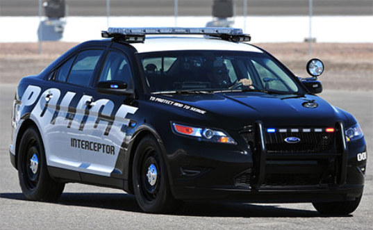 Ford Interceptor Is 25 More Fuel Efficient Than Older Cop Cars Inhabitat Green Design