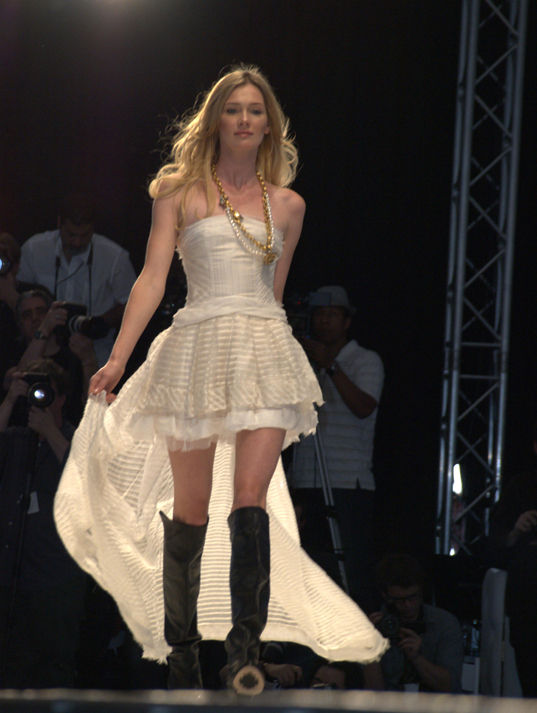 Eco-fashion, Puridee, sustainable gown