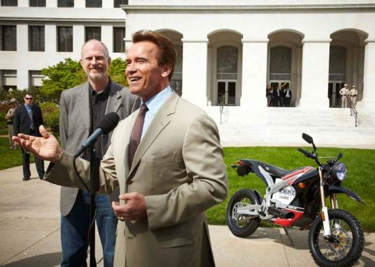 electric bikes, electric bicycles, zero motorcycles, arnold, Arnold Schwarzenegger, governator, california, rebate, alternative transportation, green design, eco design, low carbon transportation