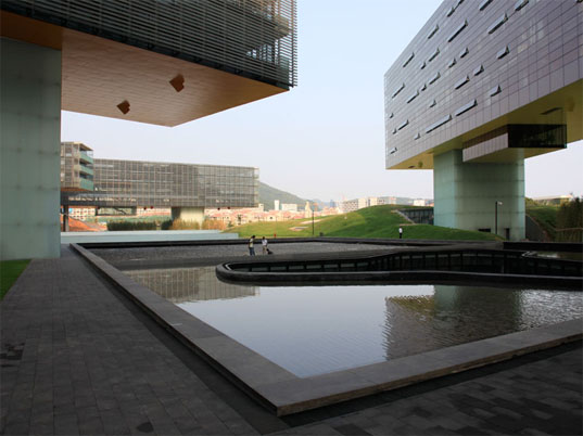 Steven Holl, horizontal skyscraper, leed platinum building, green building, solar powered building, eco architecture, green architecture, china green, office building, eco design, green design, sustainable design