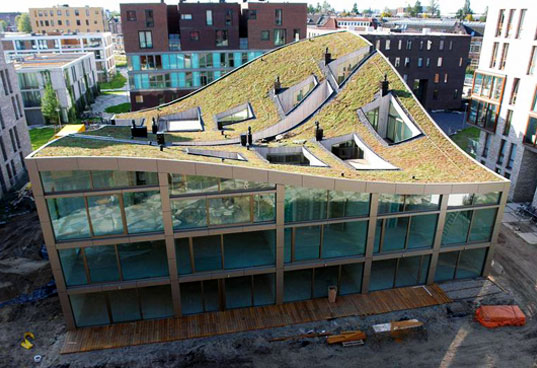 Nl Architects Completes Construction On Green Roofed Apartment