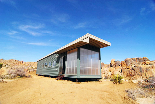 Jennifer Siegal, Joshua Tree Prefab, sustainable design, green building, sustainable architecture, prefab housing, prefabricated house