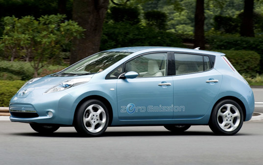 sustainable design, green design, leaf, nissan leaf, ev, phev, all-electric vehicle, green transportation, eco design, electric car