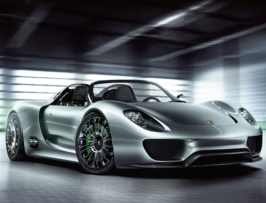 Spyder Is Porsche S First Ever Plug In Hybrid Electric Car