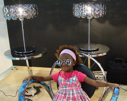 CELEBRITY LAMP made from aviator sunglasses - Inhabitat