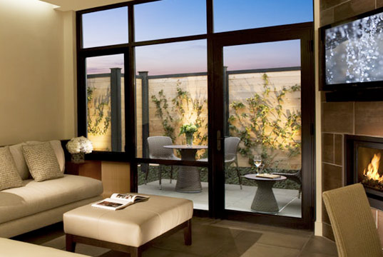 bardessono eco resort, sustainable architecture, green building, rammed earth walls, solar power, geothermal heating, green design, bardessono luxury hotel, napa valley
