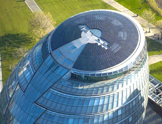 London City Hall with solar panels covering the roof. (reference 16)