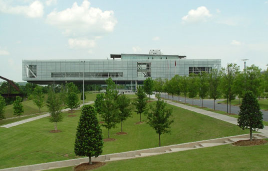 Clinton Library gets LEED platinum, Clinton Library LEED, Clinton Library little rock, LEED Platinum building, green building, LEED accreditaion, LEED Platinum, LEED architecture, green library, sustainable architecture, Clinton Library in Little Rock Arkansas