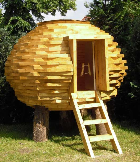 Coco Hut An Outdoor Shed Made Of Scrap Wood