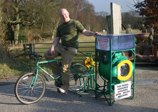 Bike Washing Machine >> Cyclean Bike Powered Washing Machine