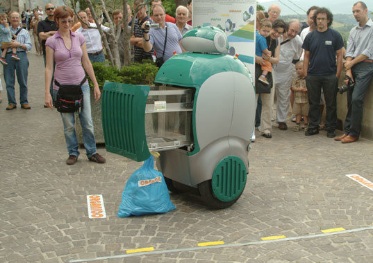 Real Life Wall E Recycling Robot Takes To The Streets Of
