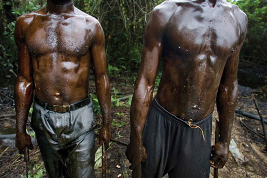 niger delta, ed kashi, eco activism, oil destruction of environment, oil industry, destruction of communities oil, oil mining, emancipation of the niger delta, end of oil exit art, environmental photography