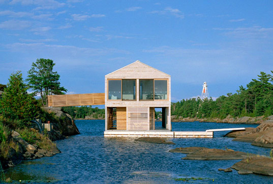 Floating house mos architecture floating prefab home for How to build a floating house