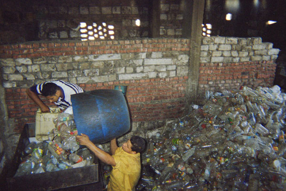 garbage dreams, documentary waste management, documentary garbage collectors, environmental documentary, environmental film, trash collector film, trash management film, community trash management
