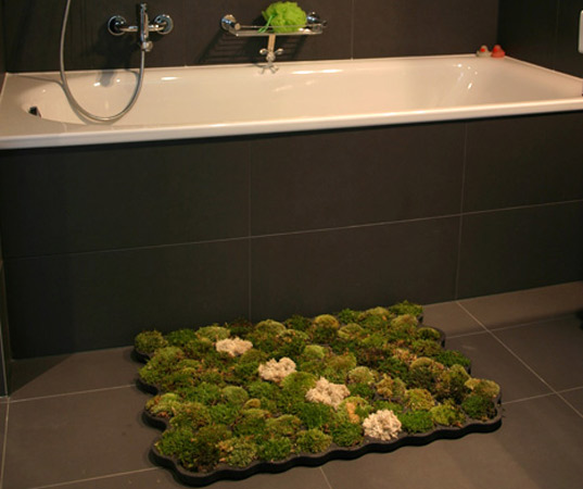 Living Moss Carpet Adds A Touch Of Green To Your Bathroom