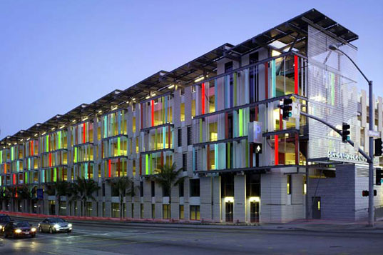 1st leed parking garage santa monica civic center for Leed certified house