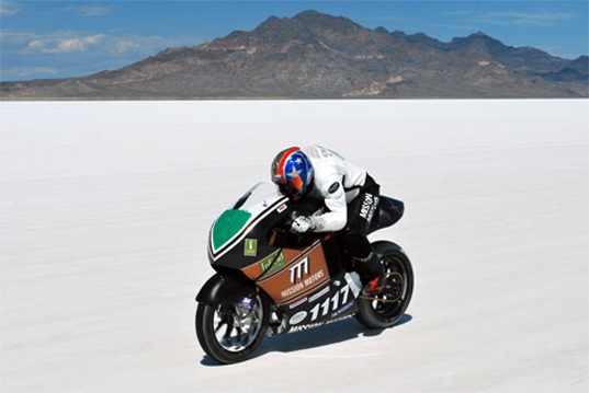 sustainable design, green design, mission motors, electric motorcycle, fuse project, yves behar, world land speed record