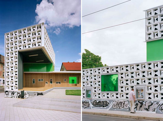 sustainable design, green design, open air library, karo architects, public library, book sharing, east germany, magdeburg, post-industrial renovation, recycled materials