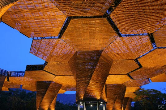 Medellin, Colombia, Plan B Architects, Orquideorama, sustainable wood, responsibly managed forests, cellular architecture, botanical garden, Jardín Botánico de Medellí, Felipe Mesa, Alexander Bernal, Orquideorama2