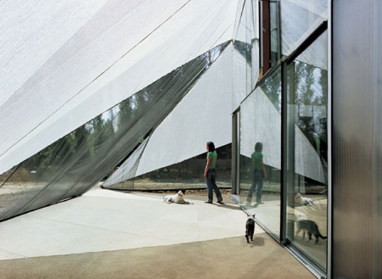 Frohn Rojas, Wall House, Tent house, green living, green house