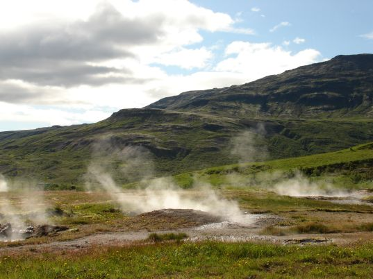Geothermal power, Iceland Geothermal activity, geysirs, photo by Jill Fehrenbacher