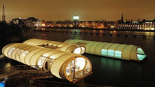 http://www.inhabitat.com/images/winter_badeschiff_2.jpg