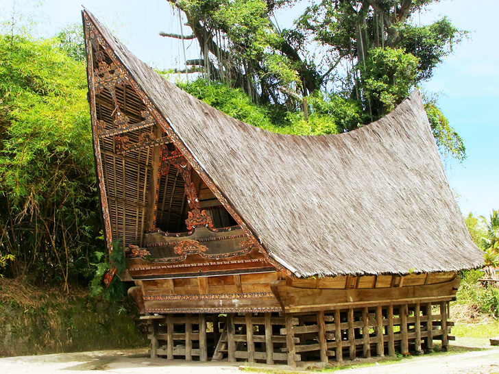 Traditional pole houses may be ideal shelters for a weather-ravaged ...