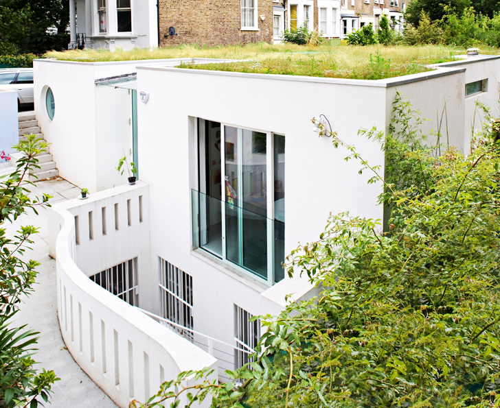 Architect Alex Michaelis Went Underground to Build His Elegant Notting Hill Home