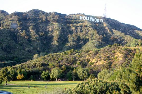sustainable development, development, eco design, green design, hollywood, hollywood sign, cahuenga peak, hugh hefner, land preservation, preservation, trust for public land, public land, luxury homes, Los Angeles, LA