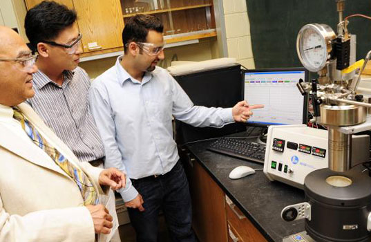 hydrogen powered vehicles, hydrogen powered car, hydrogen fuel cell technology, efficient fuel cell technology, purdue researchers, hydrothermolysis, renewable energy, clean energy transportation