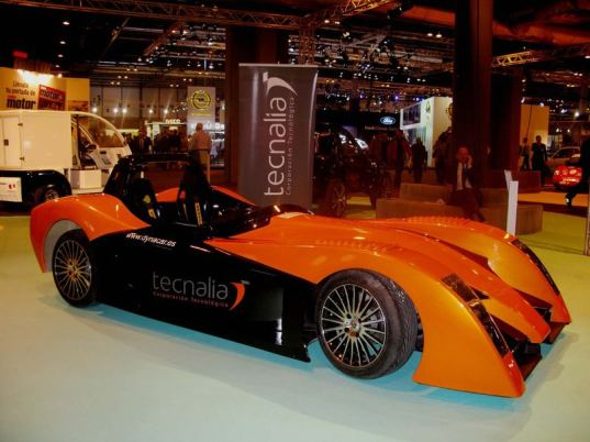 Technalia Technological Corporation, Dynacar, electric vehicle, Eco Friendly Vehicle and Sustainable Mobility Show, concept car, fast electric vehicles
