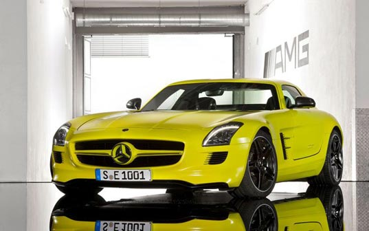 Mercedes, e-cell, battery, lithium, electric, car, auto, sports, racecar, roadster, AMG, yellow, prototype, german, green, eco, fuel efficient, sustainable, Mercedes-Benz SLS AMG