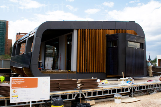 sustainable design, green design, renewable energy, Urcomante Team, Solar Decathlon Europe, Solar powered home, solar thermal, wool insulation, University of Valladolid Spain