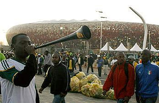 World Cup 2010 Carbon Footprint, world cup, south africa, fifa, soccer, green stadiums, carbon offsets, sustainable design, energy efficiency, world cup