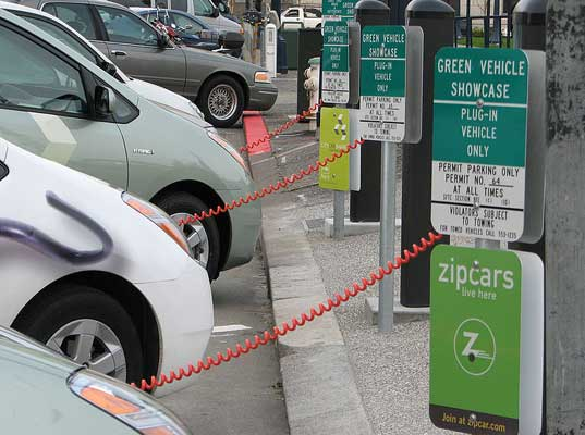 electric vehicle charging stations, how to find an electric vehicle charging station, electric vehicle infrastructure, ev infrastructure, ev charging stations, find an ev charging station, charge your ev, charge your electric vehicle