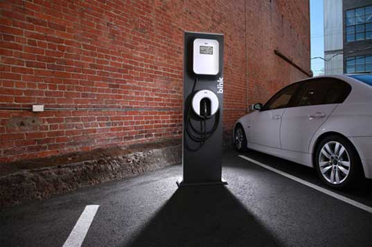 electric vehicle charging stations, electric vehicle charger, how to charge an electric vehicle, home ev charging stations, ev charging station at home, charge your ev at home, charge your electric vehicle at home, blink charging station, blink ev charging station, blink ev charger