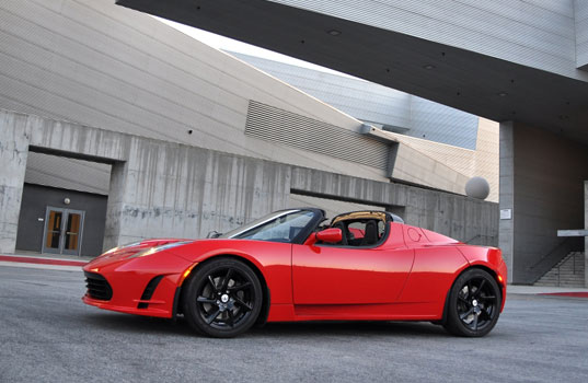 telsa roadster, tesla roadster 2.5, tesla roadster new body, new body for the tesla roadster, tesla new look, roadster new look, electric vehicle, electric car