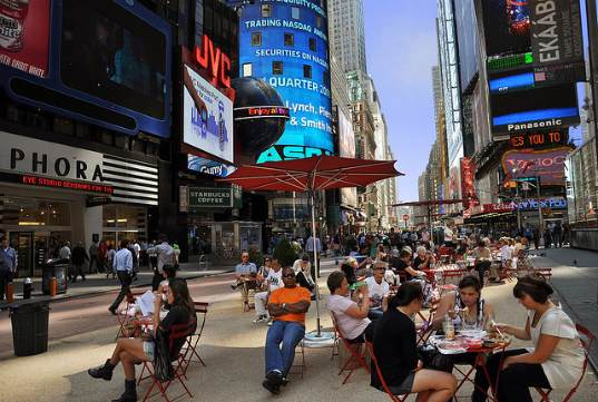 Times square, times square redevelopment project, pedestrian friendly, car free zone, public plaza