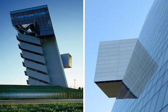 Hypo Alpe-Adria Bank, morphosis architecture, leaning tower, solar passive design, green building, sustainable architecture