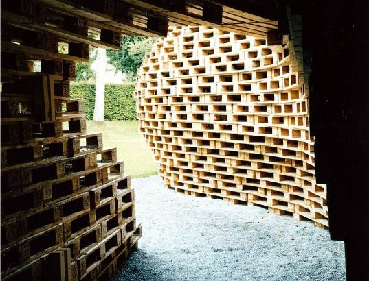Beautiful German Pavillion Made From 1300 Shipping Pallets