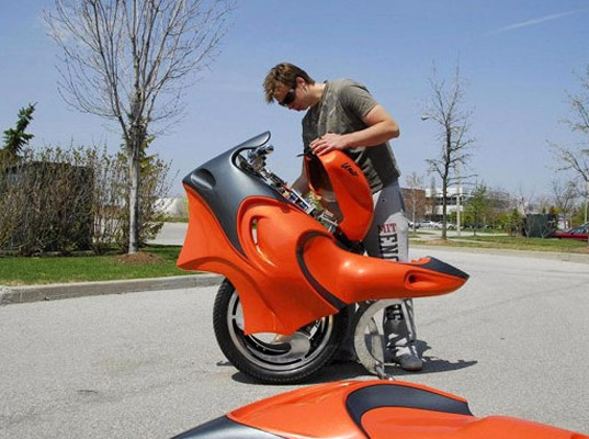 Ben Gulak, Jason Morrow, electric motorcycle, eco-innovations, eco-inventions, eco-kids, green kids