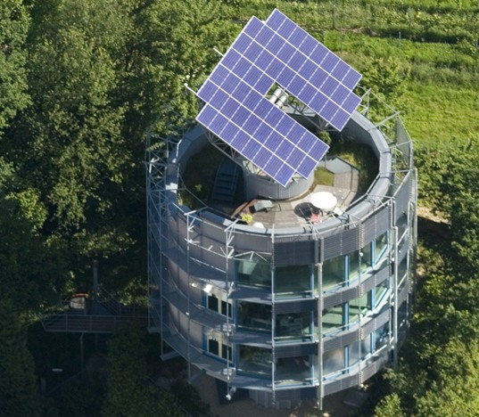 Ralph Disch, Heliotrope, solar home, net zero home, plus energy home, sustainable building, first solar home, German solar house, kinetic house, solar thermal, solar electricity