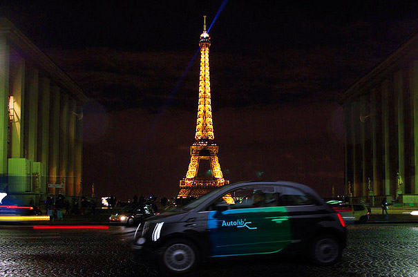 sustainable design, green transportation, paris, autolib, velib, ev, phev, car sharing, france, green design