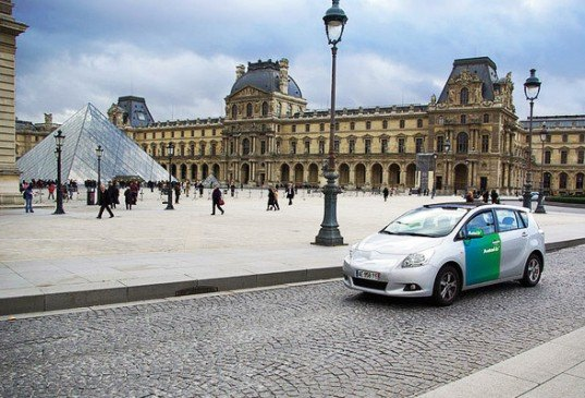 sustainable design, green transportation, paris, autolib, velib, ev, phev, car sharing, france, green design, Vincent Bollore, autolib car share program, electric vehicle investments, ev investments, green technology investments