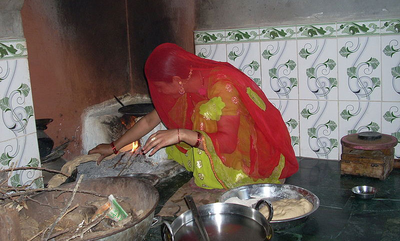 clean burning stoves, cook stoves, clean burning cook stoves, wood burning cook stoves, kerosene stoves, cook stove health problems, cook stoves in the developing world, cooking in the developing world, secretary of state, hillary clinton