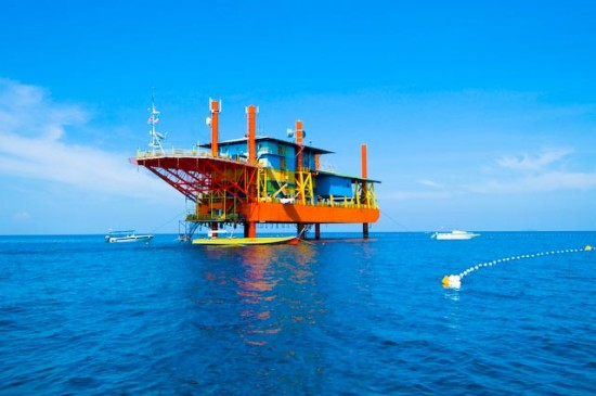 seaventures dive resort, reclaimed oil rig, green renovation, green design, sustainable design