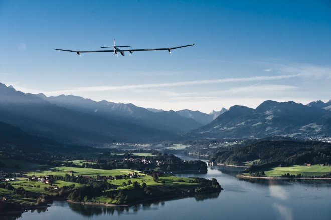 solar impulse, solar impulse solar plane, solar impulse switzerland, solar impulse night flight, solar impulse first flight, solar impulse inhabitat
